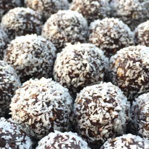 Dadel bites met cacao en kokos EEFSFOOD