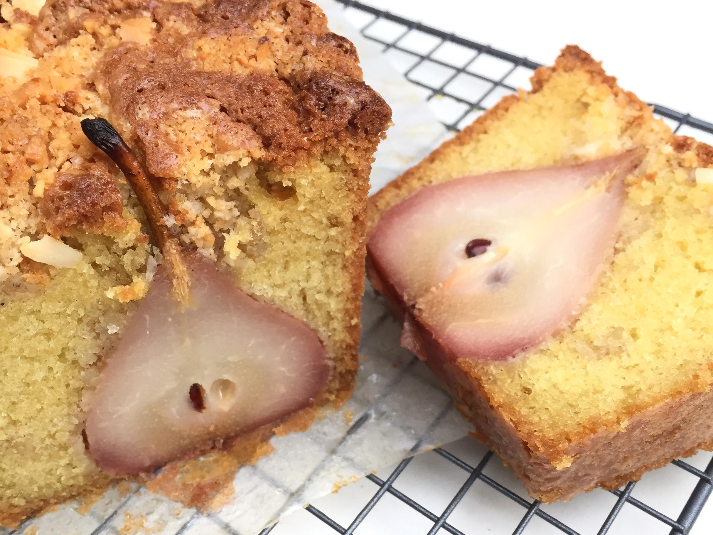 Stoofpeer macadamia cake EEFSFOOD