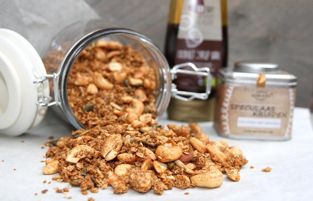 Cashew speculaas granola EEFSFOOD