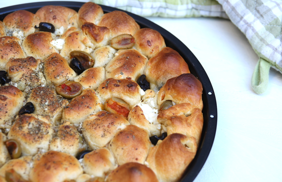Feta-olijf borrelbrood