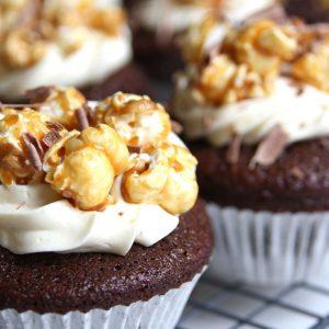 Chocolade popcorn cupcakes EEFSFOOD