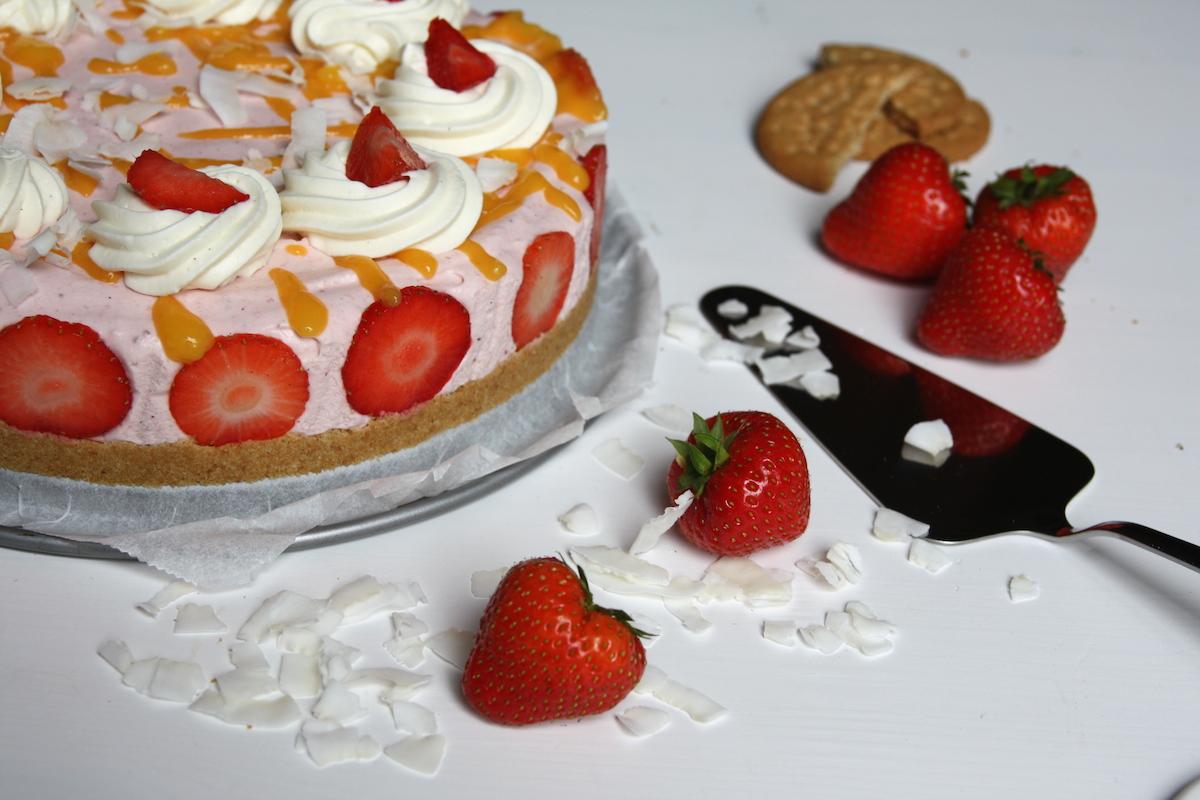 Aardbeien taart veraf EEFSFOOD