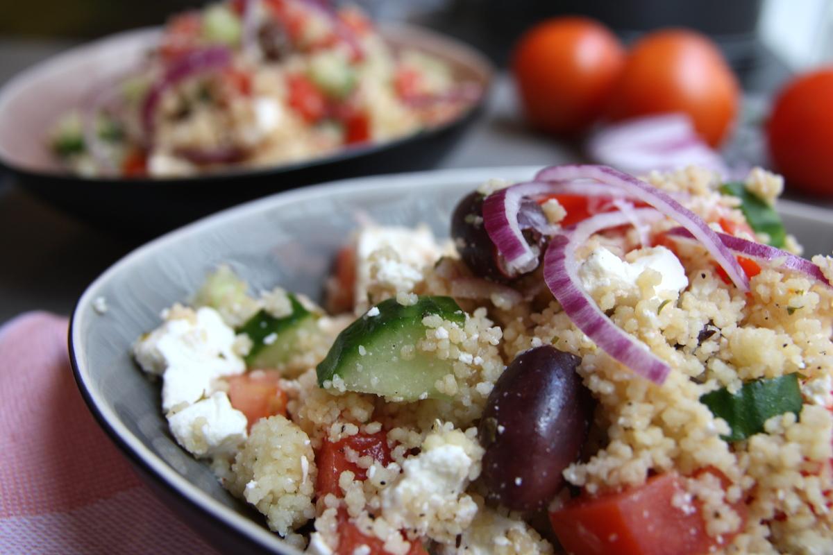 Griekse couscous salade close up EEFSFOOD