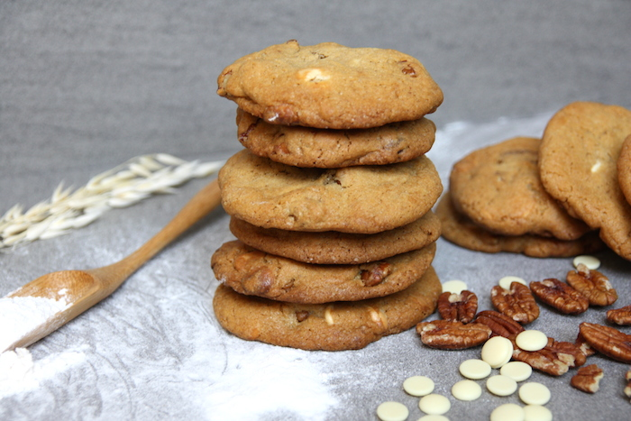 White chocolate chip cookies met pecannoten