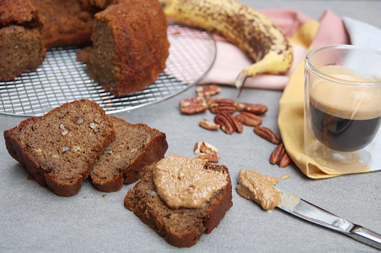 Koffie-bananenbrood met pecannoten