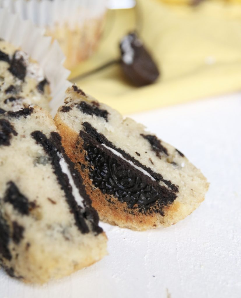 Banaan Oreo muffins close up