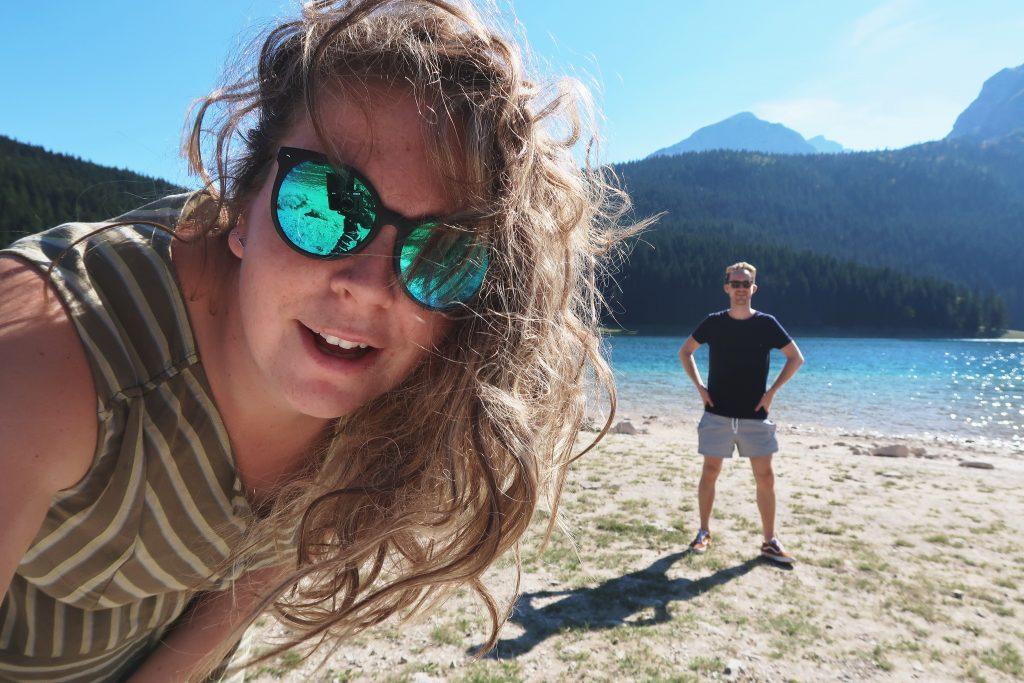 Met Leroy bij het meer nationaal park