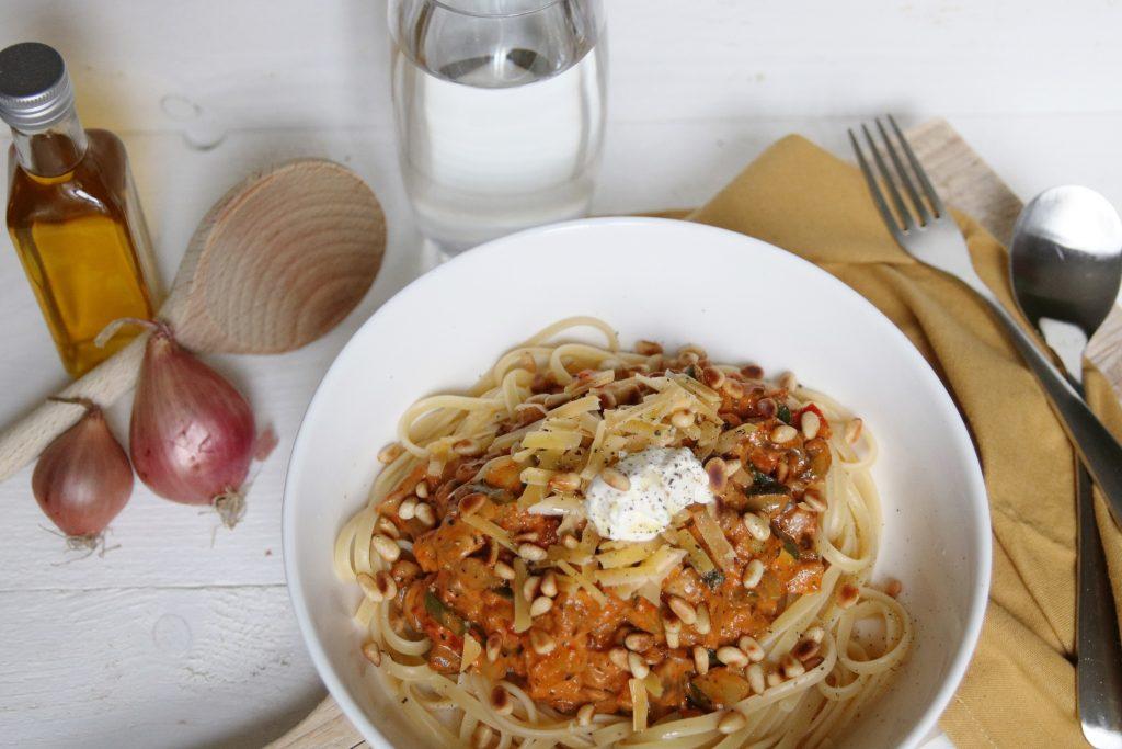 Pasta groentes en tomaat
