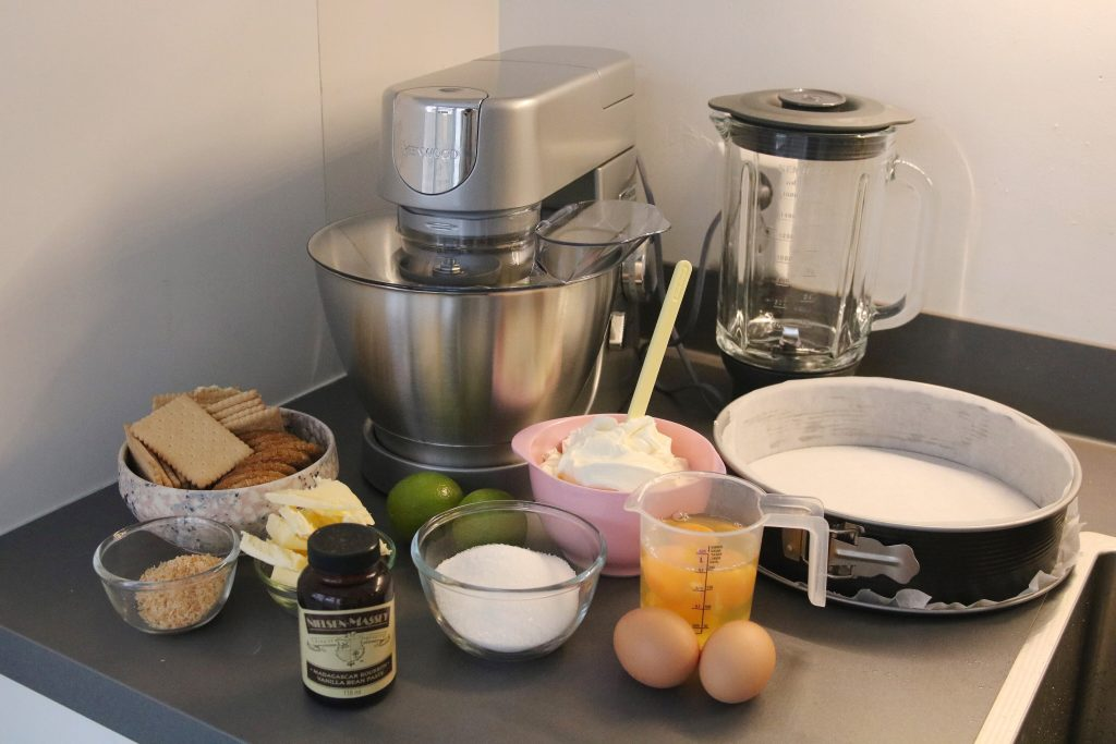 Ingrediënten voor kokos-limoen cheesecake