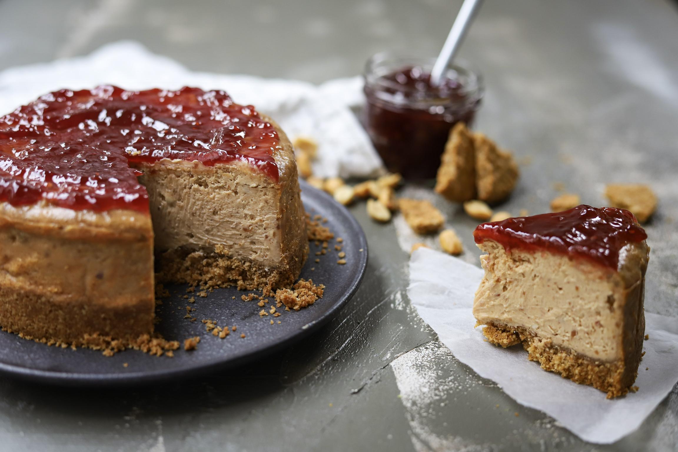 Peanutbutter jelly cheesecake