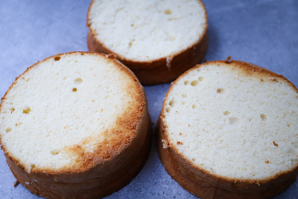 Drie biscuits plakken