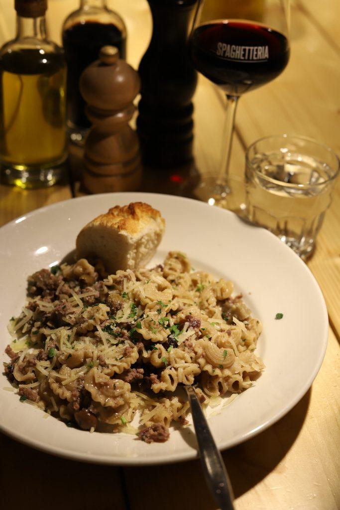 Hanenkammen pasta