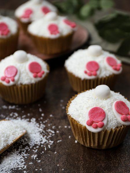 Paascupcakes met kokos en citroen