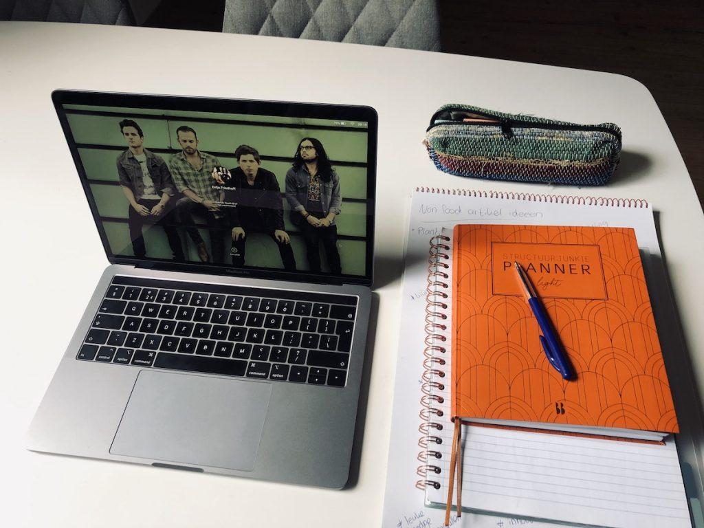 laptop en planner