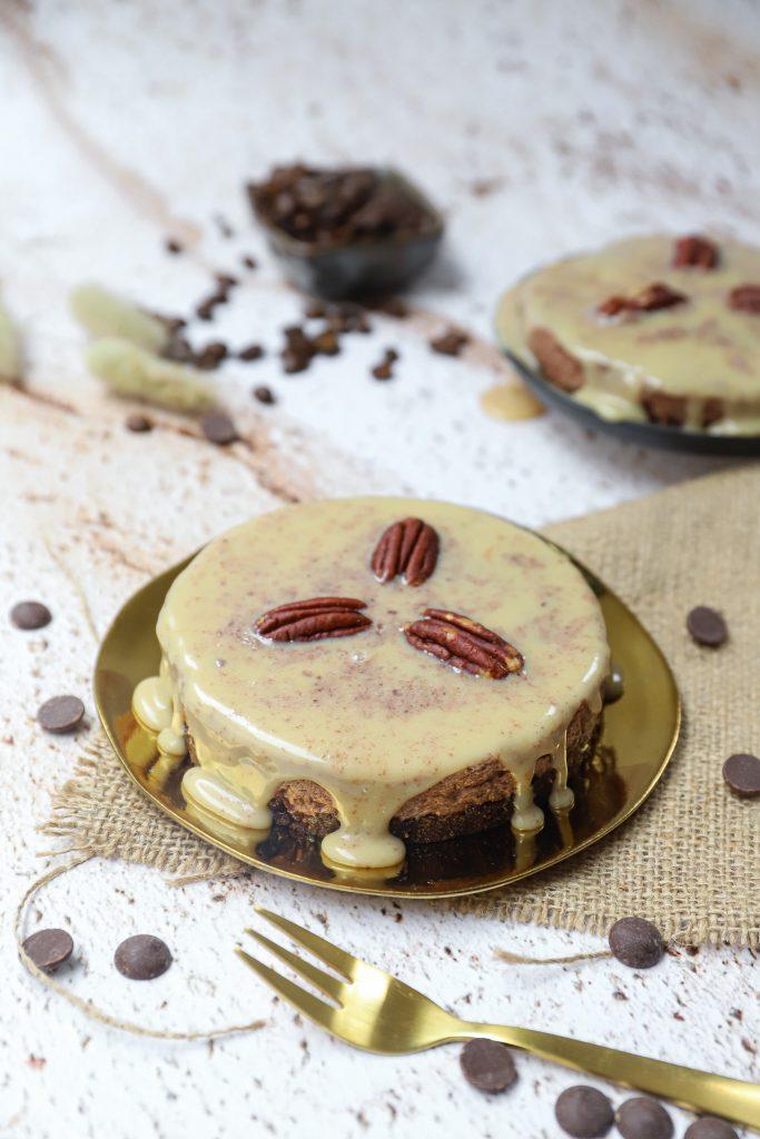 Chocolademousse-koffie taartjes met Kahlúa schuin boven