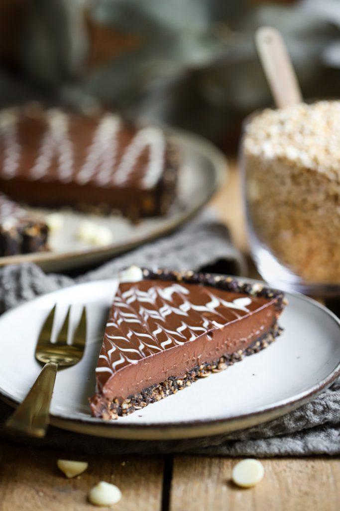 No bake chocoladetaart met vleugje koffie (vegan)